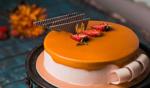 cake - Photo by SwapnIl Dwivedi on Unsplash